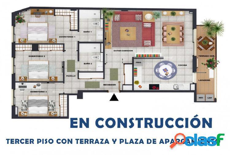 Piso de obra nueva con plaza de parking y terraza