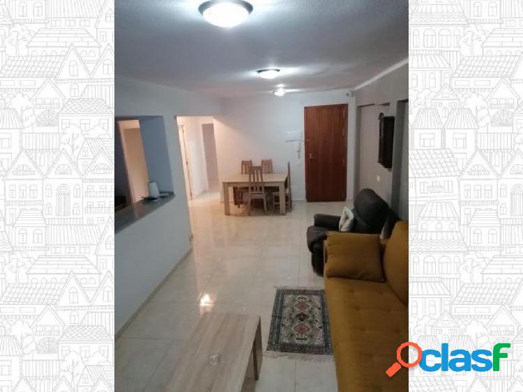 Piso en Almeria zona Altamira, 150 m., 3 habitaciones,a pie