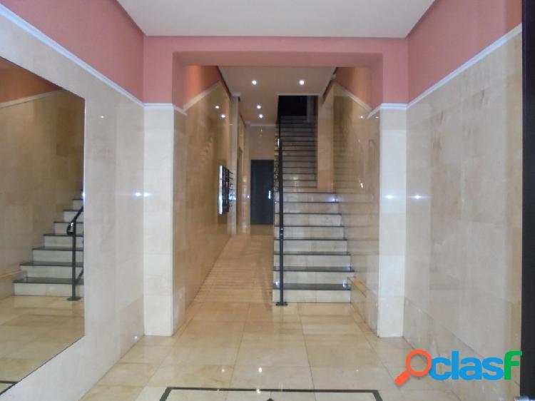Piso en Santa Lucia, 2 dormitorios con ascensor.