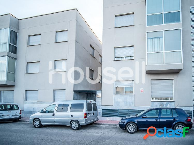 Piso en venta de 110m² en Calle Félix Santiuste, 30180