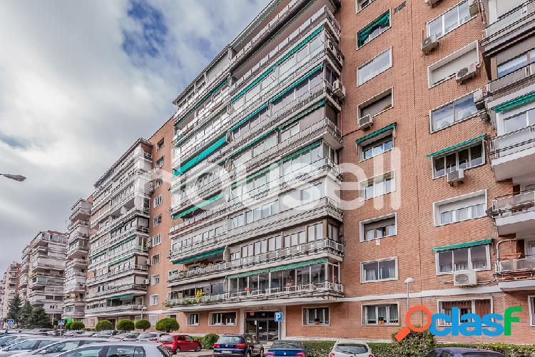 Piso en venta de 172 m² en Avenida Brasilia, 28028 Madrid