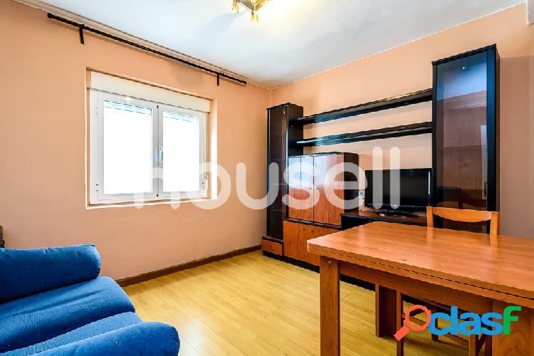 Piso en venta de 51m² Calle Victor Hevia, 33012 Oviedo