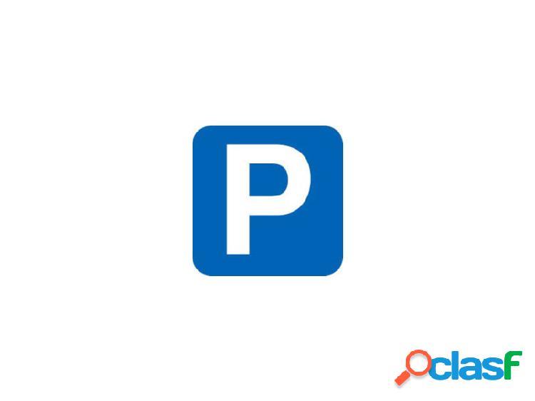 Plaça d'aparcament a Pineda de Mar