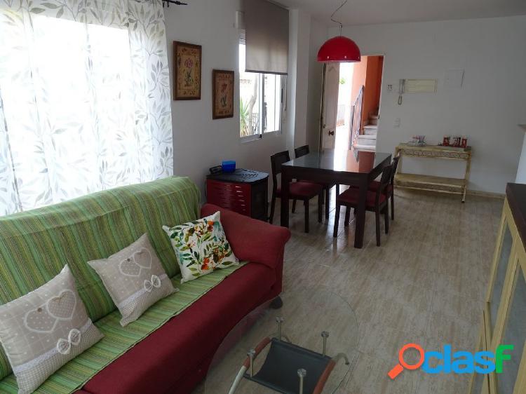 Planta baja de 53 m2 con 2 habitaciones y terraza