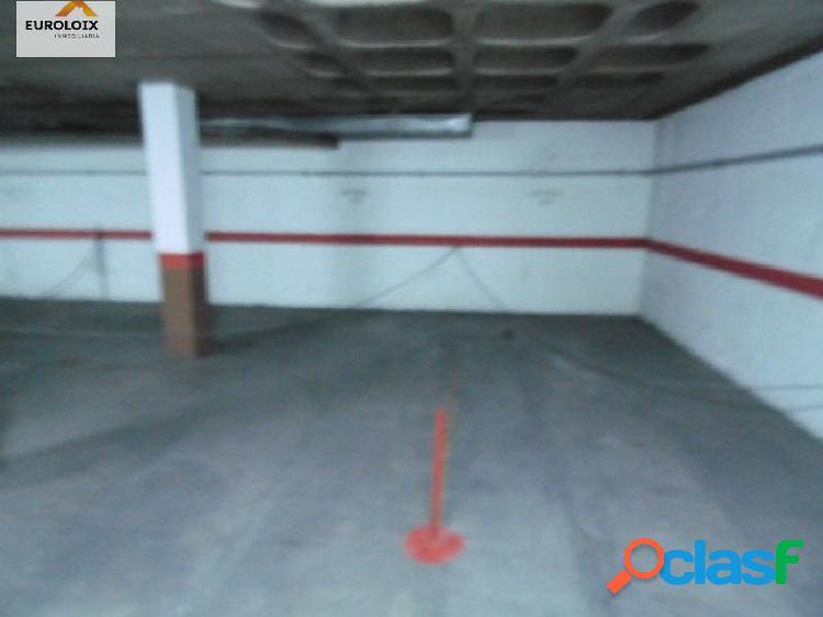 Plaza de garaje en Av Europa, Benidorm.Todo el año