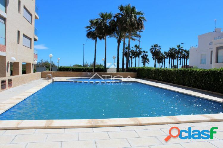 Precios apartamento con vistas al mar y en 1ª linea playa