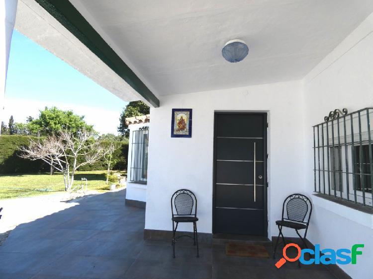 Precioso Chalet hipotecable en la zona de la Dehesilla.