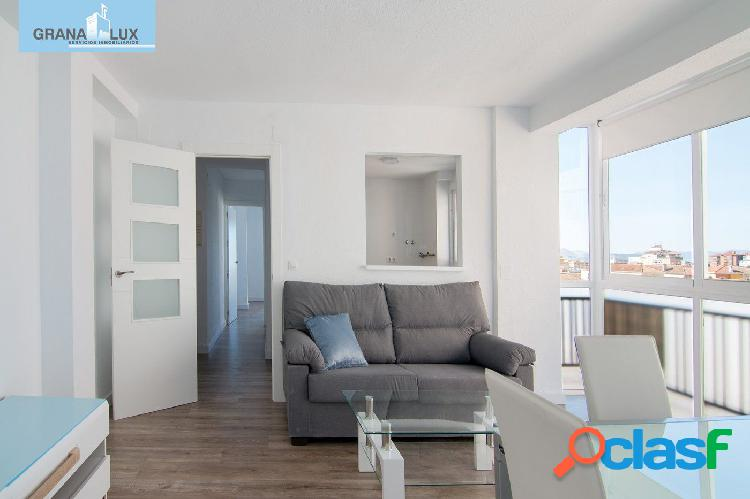 Precioso ático REFORMADO de 2 dormitorios junto PTS,