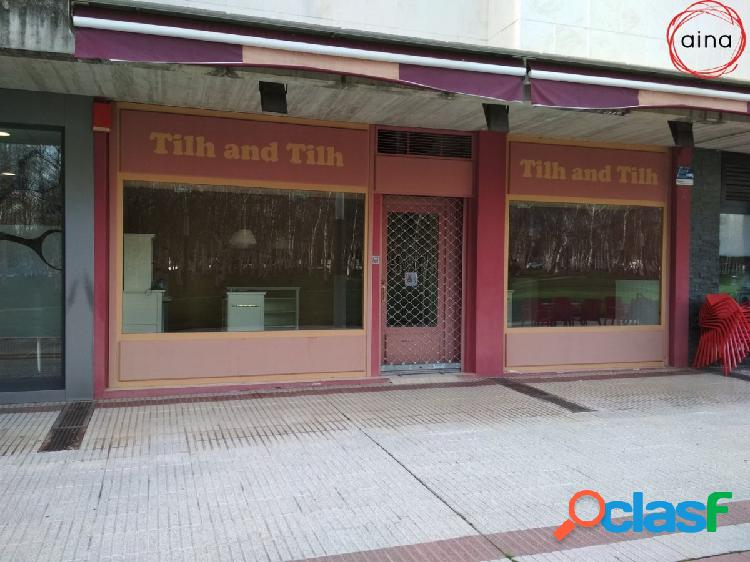 Se alquila buen local de 77 m2 en Mendebaldea, frente a