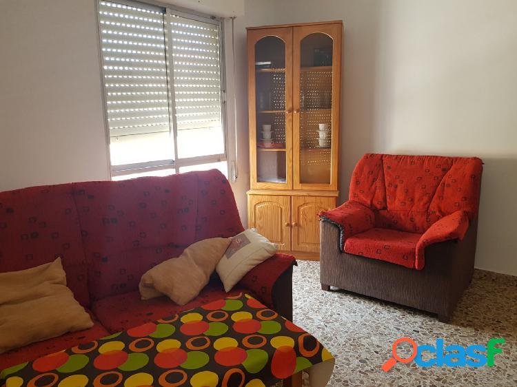 Se alquila piso en Los Alcázares