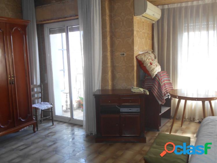 Se vende apartamento en B. Carmen