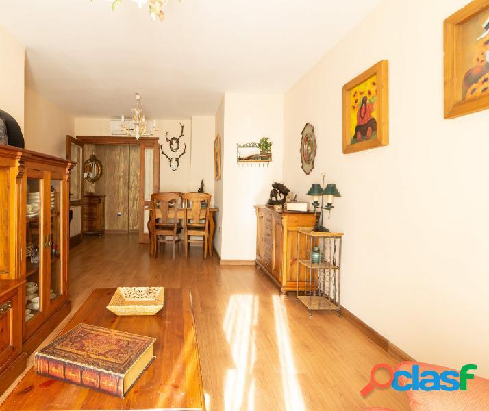 Se vende maravilloso piso en la Alameda Solano!!