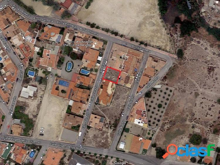 Se vende parcela urbana en una de las mejores zonas