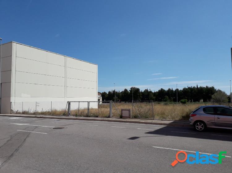 Se vende solar industrial en Polígono San Lorenzo