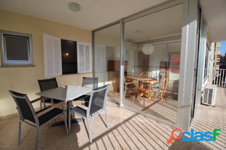 Semi reformado apartamento con excelentes vistas en s'