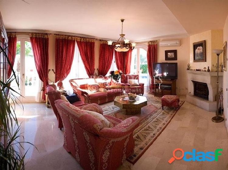 #T0033 Excelente villa de lujo con magnificas vistas al mar