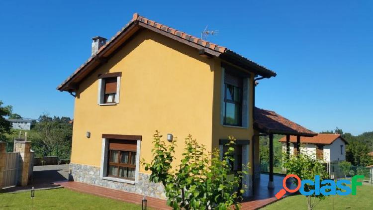 Venta de chalet independiente con 4 habitaciones en Asturias
