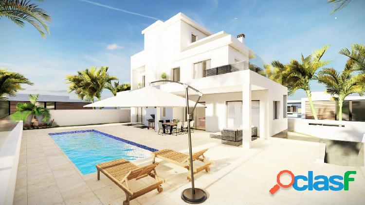 Villa de Lujo con 3 Dormitorios y 3 Baños en Ciudad Quesada