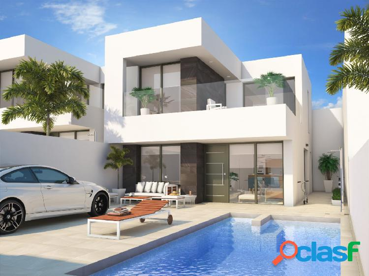 Villas de estilo moderno en Benijofar