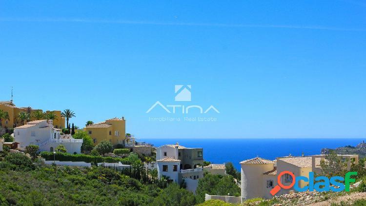 Villas de lujo en residencial con vistas al mar, Javea.