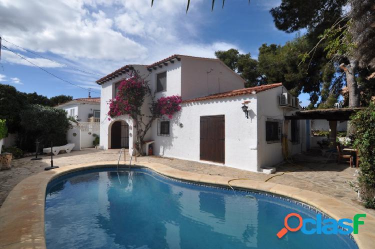 Villas en venta en Moraira Costa Blanca - oportunidad Villa