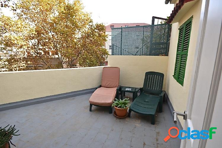 ¡Vivienda de 2 plantas en zona Pere Garau!