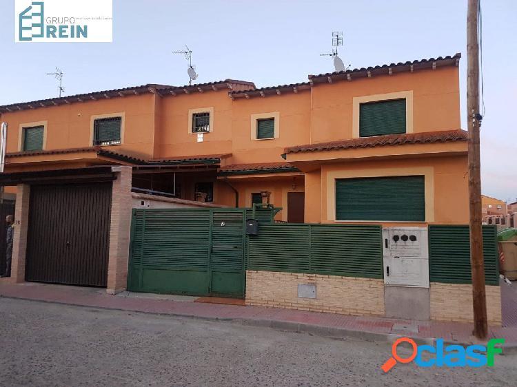 chalet en Santa Olalla con 3 dormitorios