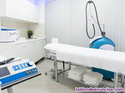 Alquilo cabina en centro médico