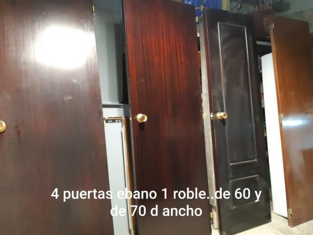 PUERTAS EN PERFECTO ESTADO DE EBANO Y ROBLE, MEDIDAS 60 Y 70