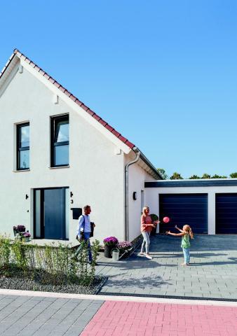 Oferta en puertas de entrada y puertas de garaje Hörmann
