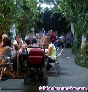 Bar restaurante con bonita terraza todo el año