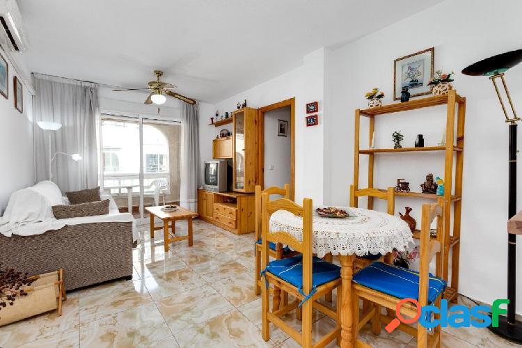 Apartamento cerca de la playa de los Locos, Torrevieja.