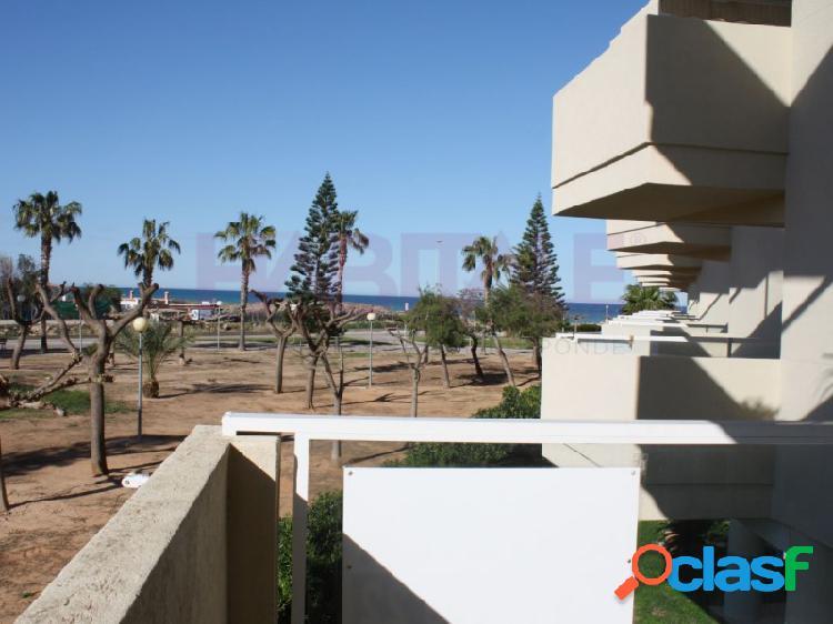 Apartamento con 2 terrazas en playa de Xeraco, parking y
