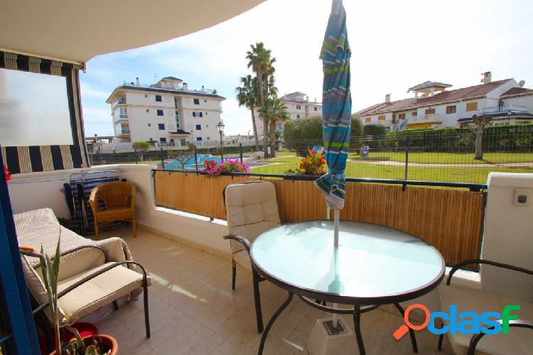 Apartamento de 1 dormitorio y piscina en La Mata
