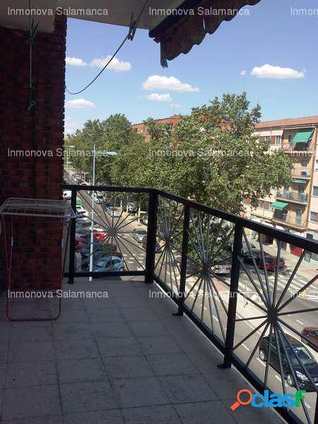 - Avenida Federico Anaya, Salamanca [61731/3317/3701]