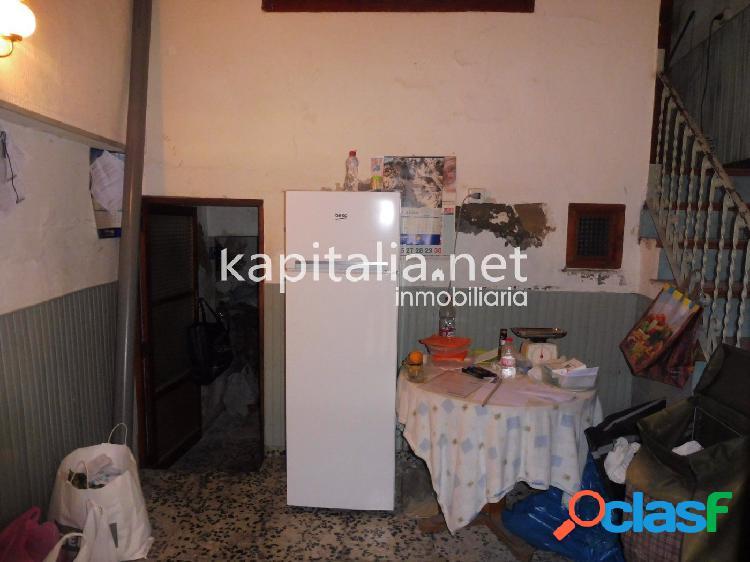 Casa a la venta en Ontinyent, zona Santo Domingo.