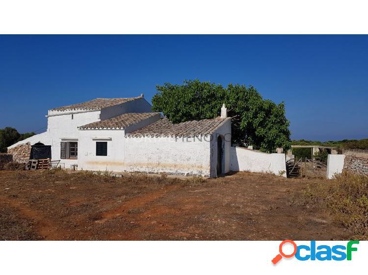 Casa de campo con accesso al mar en venta en Cala Sant