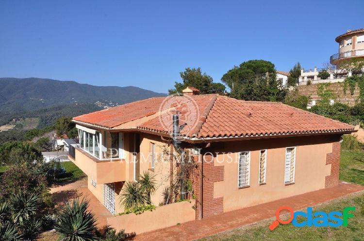 Casa en Venta en Sant Cebrià de Vallalta con maravillosas
