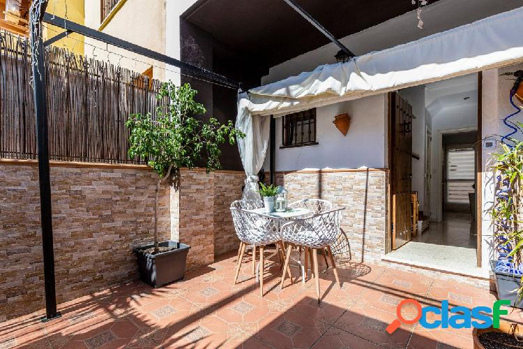 Casa en zona inmejorable de Alcalá de Guadaíra