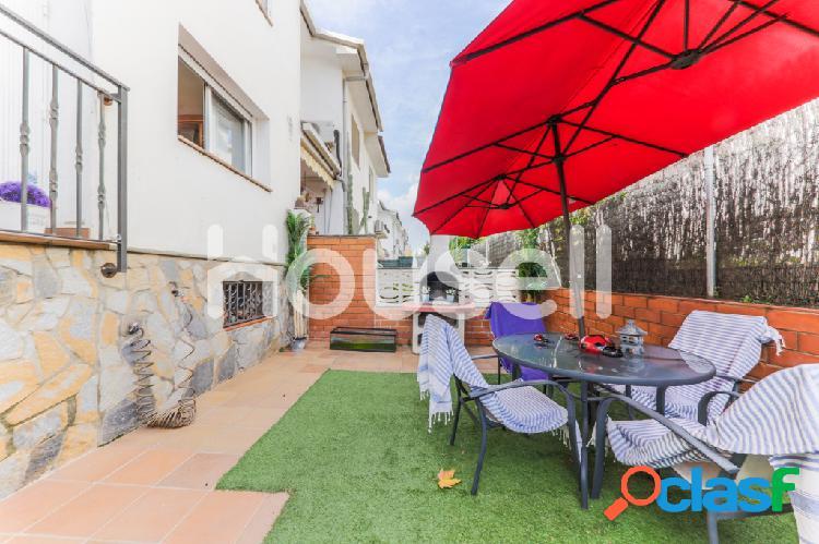 Chalet en venta de 168 m² Pasaje Antonio Machado, 08130