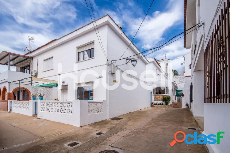 Dúplex en venta de 95 m2 en Calle Agua, Cartaya, Huelva.