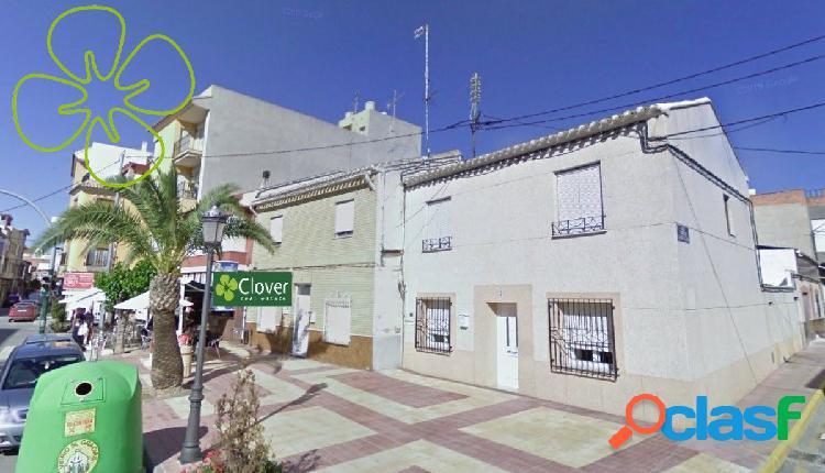 En venta una vivienda unifamiliar de dos plantas en Puerto
