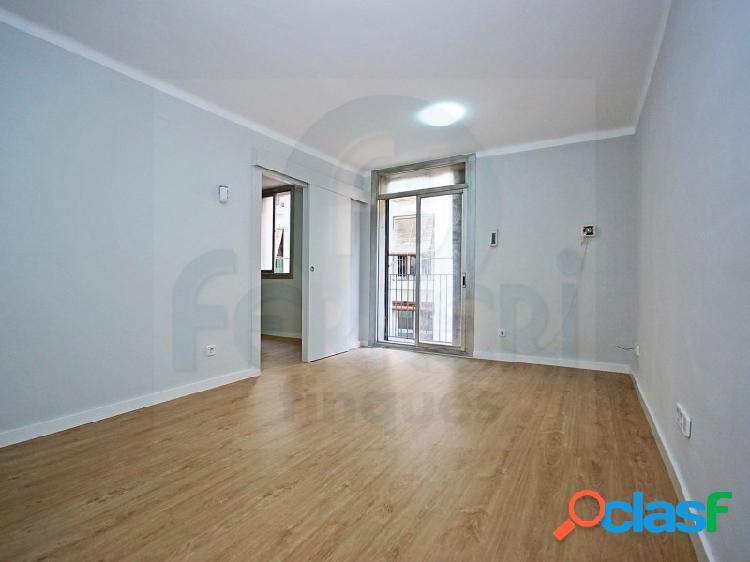 Estrena este apartamento de 57m2 recién reformado situado