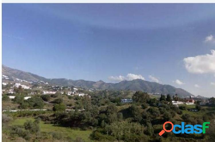 OPORTUNIDAD DE BANCO - PARCELA DE 215 MT2 EN MIJAS