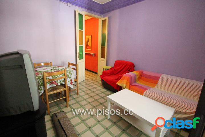 Piso amueblado de 5 dormitorios (2 dobles exteriores) en