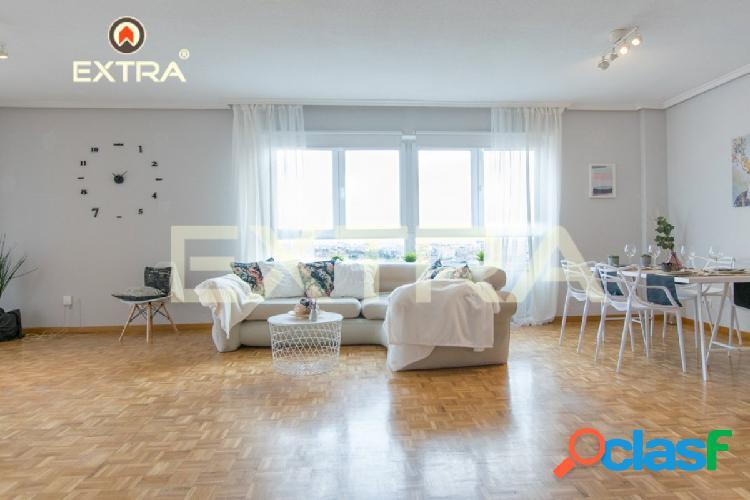 Piso con 5 dormitorios, terraza, garaje, piscina y bonitas