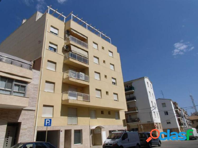Piso de 110 m2 con 3 habitaciones y 2 baños, BANCARIO CON