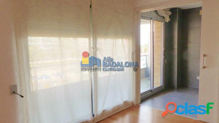 Piso de 117 m² 3 Habitaciones, 2 Plazas de Parquing en 2ª