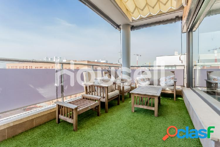 Piso en venta de 127 m² Calle de los Sueños, 28100