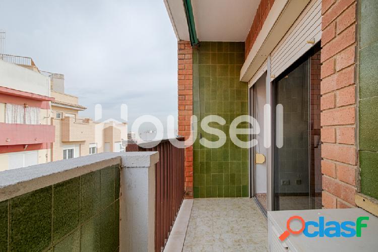 Piso en venta de 134 m² en Calle Fortaleny, 46035